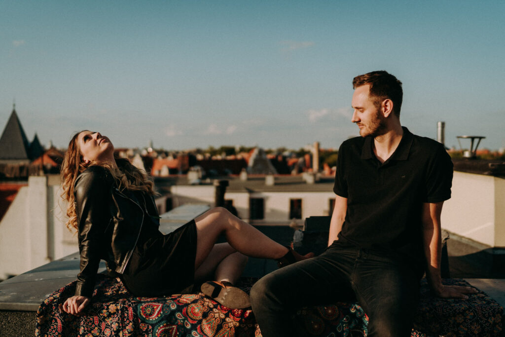 engagement session on the roof in Poznan