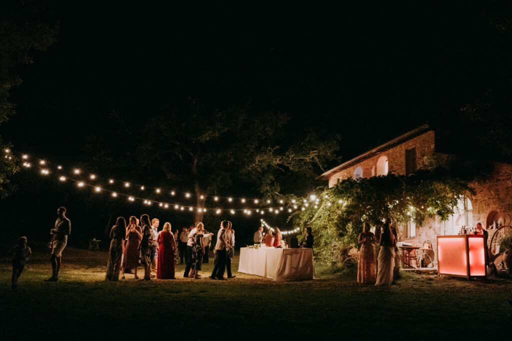wedding party in tuscan villa