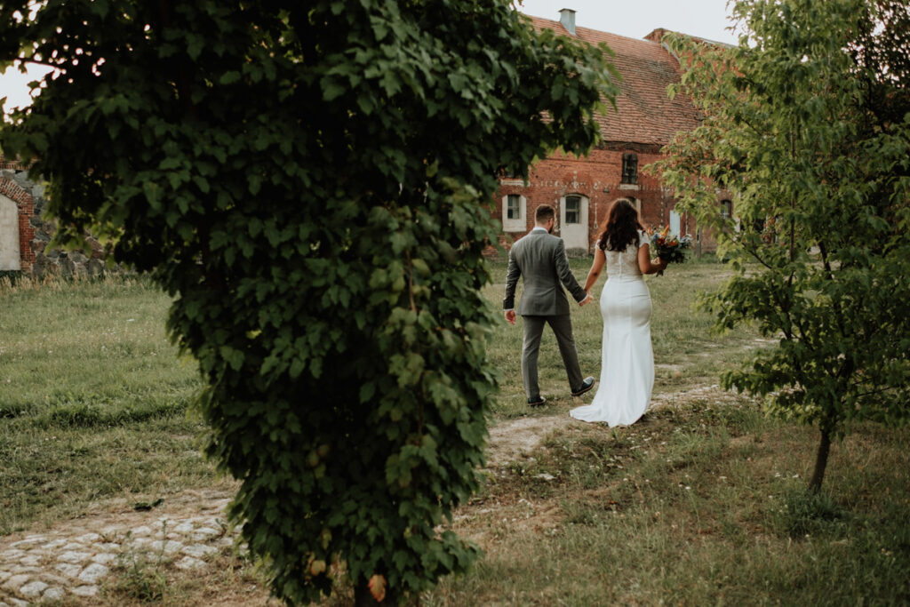 summer english wedding in folwark wasowo