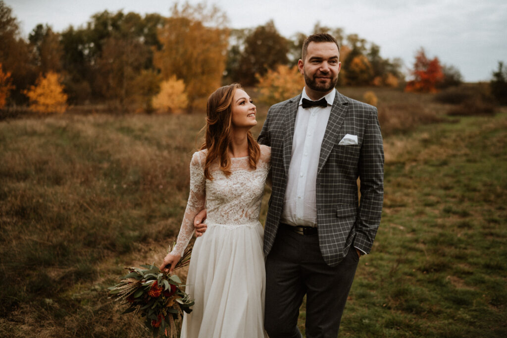 autumnal post wedding session in the forest